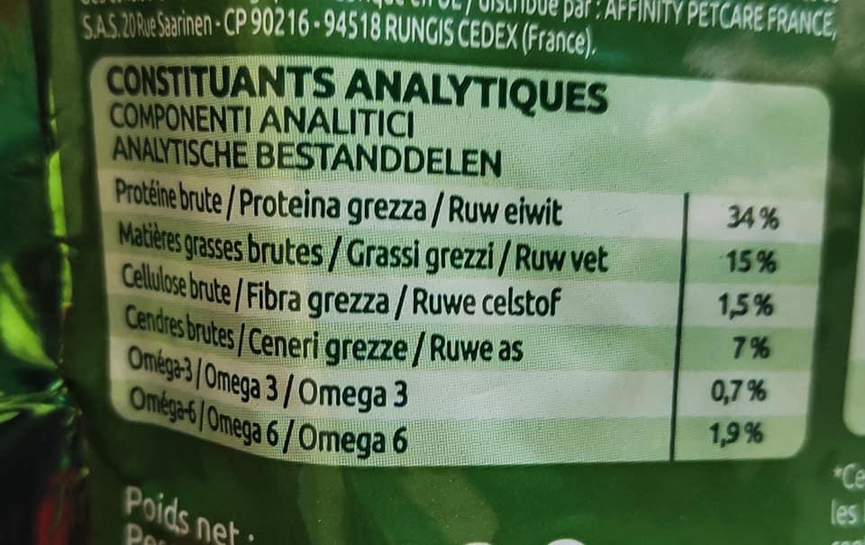 Come leggere le etichette del cibo per gatti, componenti analitici marca 1